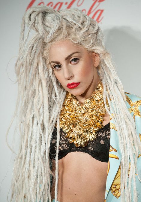 Lady Gaga Biography and pictures