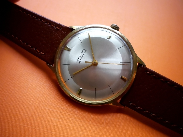 Beautiful elegant Max Bill style JUNGHANS AUTOMATIC from the 1960s! Rare