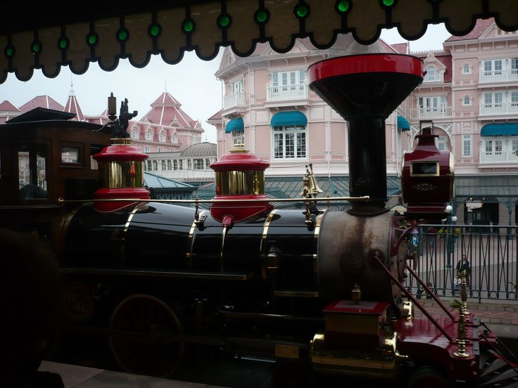 Eurodisney. Disneyland Paris. Walt Disney World.