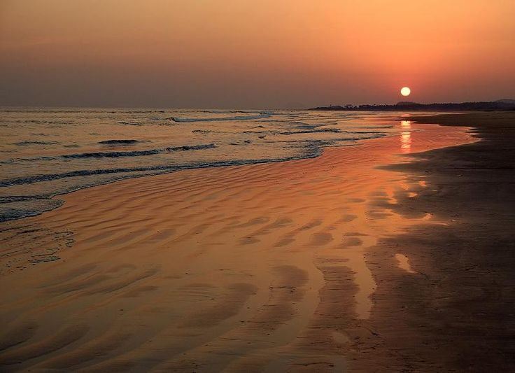 Sunset at de Tikkavenipalem Beach from Vizag City, Andhra Pradesh_ South India