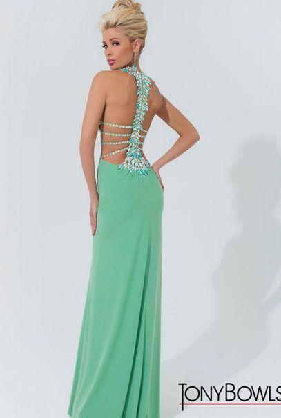 Длинные вечерние платья зеленого цвета с открытой спиной