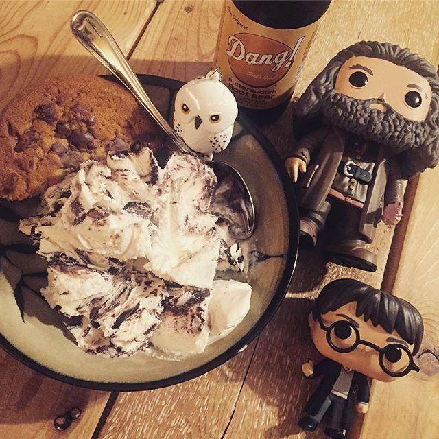Instagram @Mrsfangirlrn: Happee Birthdae Harry!!!! Celebrating with ice cream and Dang! Butterscotch Rootbeer! ☺️💗🎉✨📚⚡️ * * #happeebirthdaeharry #happybirthdayharry #happybirthdayjkrowling #harrypotter #jkrowling #bookworm #nerdgirl #fangirl #read #ireadya #yalit #hagrid #hedwig #dangrootbeer #potterpop #popfunko