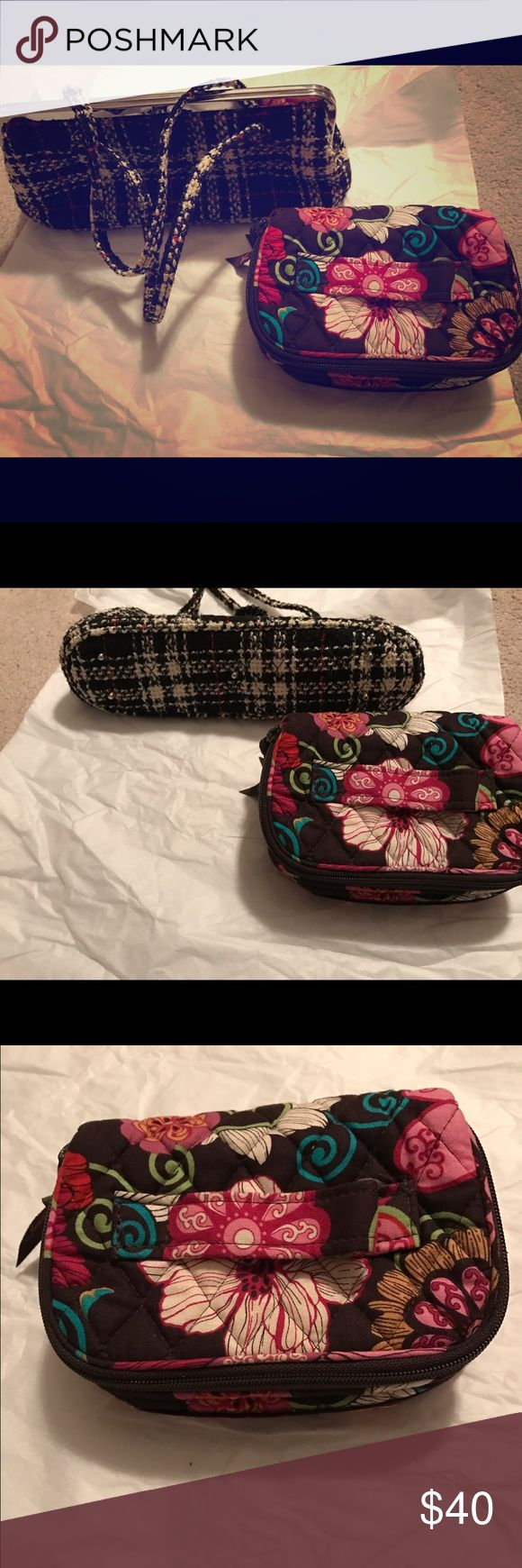 Two piece authentic Vera Bradley set! Authentic Vera Bradley small black and white fabric kiss closure clutch and floral zip around jewelry bag. Jewelry bag has two pull out zipper pockets and two jewelry slots. Super cute Vera Bradley Bags