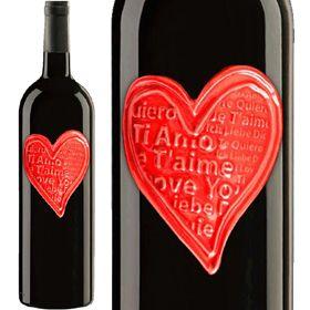 Chianti Love *Sangiovese ,Italy  ボトルのハートも陶器。2009年にイタリアで開催されたG8サミットのお土産として各国首脳に配られたことでも知られています。キャンティにはさまざまなタイプがありますが、これは軽めでカジュアルなタイプ。料理には合わせやすい味わいです