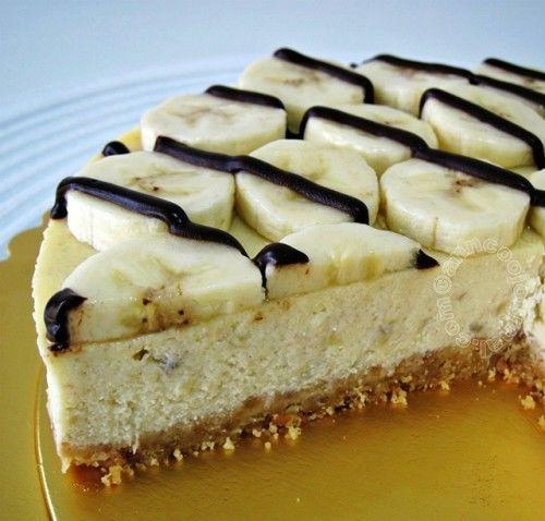 Hozzávalók a laphoz:  20 dkg vaníliás keksz 5 dkg vaj 3 evőkanál habtejszín 2 tasak vaníliás cukor  A krémhez:  30 dkg mascarpone 4 dl habtejszín…