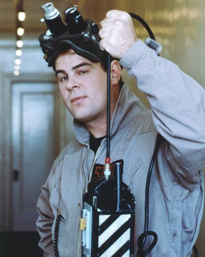 DAN AYKROYD HE WAS REAL CUTE IN GHOSTBUSTERS THAT'S MY OPINION- NORA AKA MADDIE. :-)