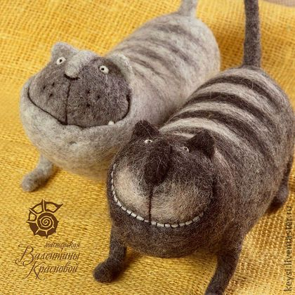 haha!  These are awesome.  Remind me of Cheshire Cat!  Valentina Krasnova - felted cats