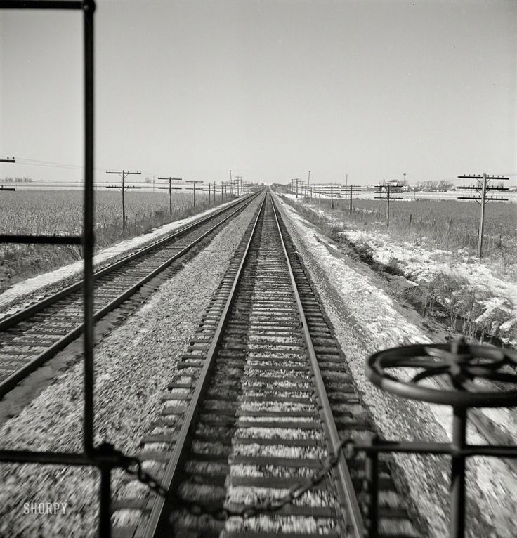 Shorpy Historic Picture Archive :: Where I'm Coming From: 1943 high-resolution photo