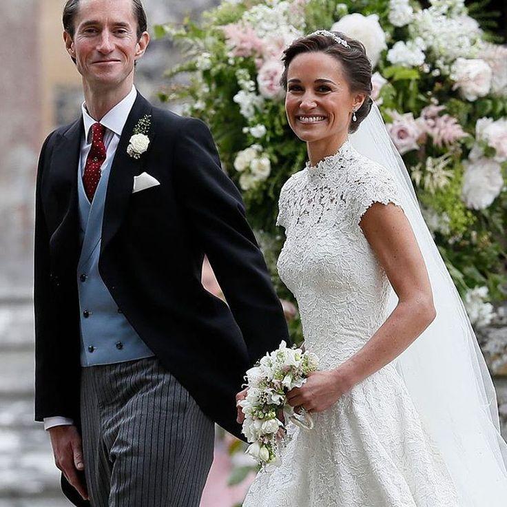 Пиппа Мидлтон в сукні від дизайнера Джайзлза Дікона  #AngeEtoiles  #RaraAvis  #charmcollection  #luxurycollection  #newcollection2017  #elegance  #wedding2017  #weddingdress  #bridaldress  #bride2017  #marriage  #collections  #невеста  #невестыукраины  #свадьбы  #свадебнаямода  #свадебныесалоныльвов  #пышноесвабедноеплатье  #весільнийсалонльвів  #весільнаагенція  #весілля  #весілляроку  #весільнасукня  #весільнефото  #весільнийдекор  #весільнаподорожвідпочинок  #свадебныйфотограф…