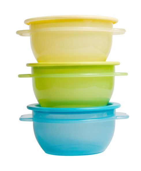 Speed-clean your Tupperware: Are leftovers giving your plastic storage containers a beating? These tips will help get smelly, discoloured plastics clean