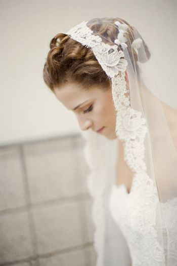 wedding veil, mantilla