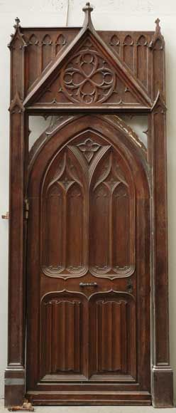 Walnut and oak door with Neo-Gothic carved ornaments : polylobed rosettes orgival arch & 497 best Gothic Revival images on Pinterest | Windows Doors and ... Pezcame.Com