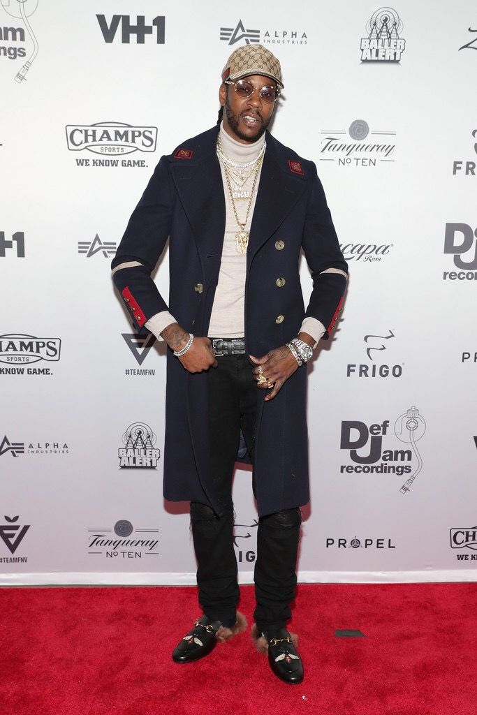 2 Chainz Rocks Amiri Jeans, Goyard Belt With Gucci Coat, Shoes And Hat