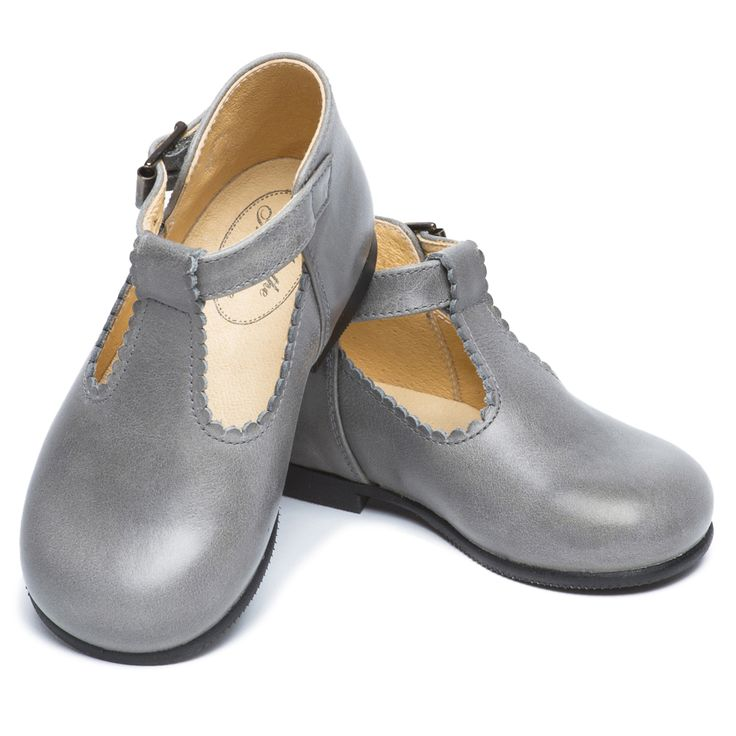 Toddlers Classic Brown Leather Tbar Shoes
