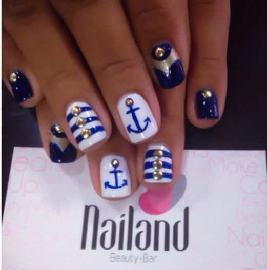 Sailor Nails ⚓️ #nails #sailor #nailandbeautybar #Barranquilla