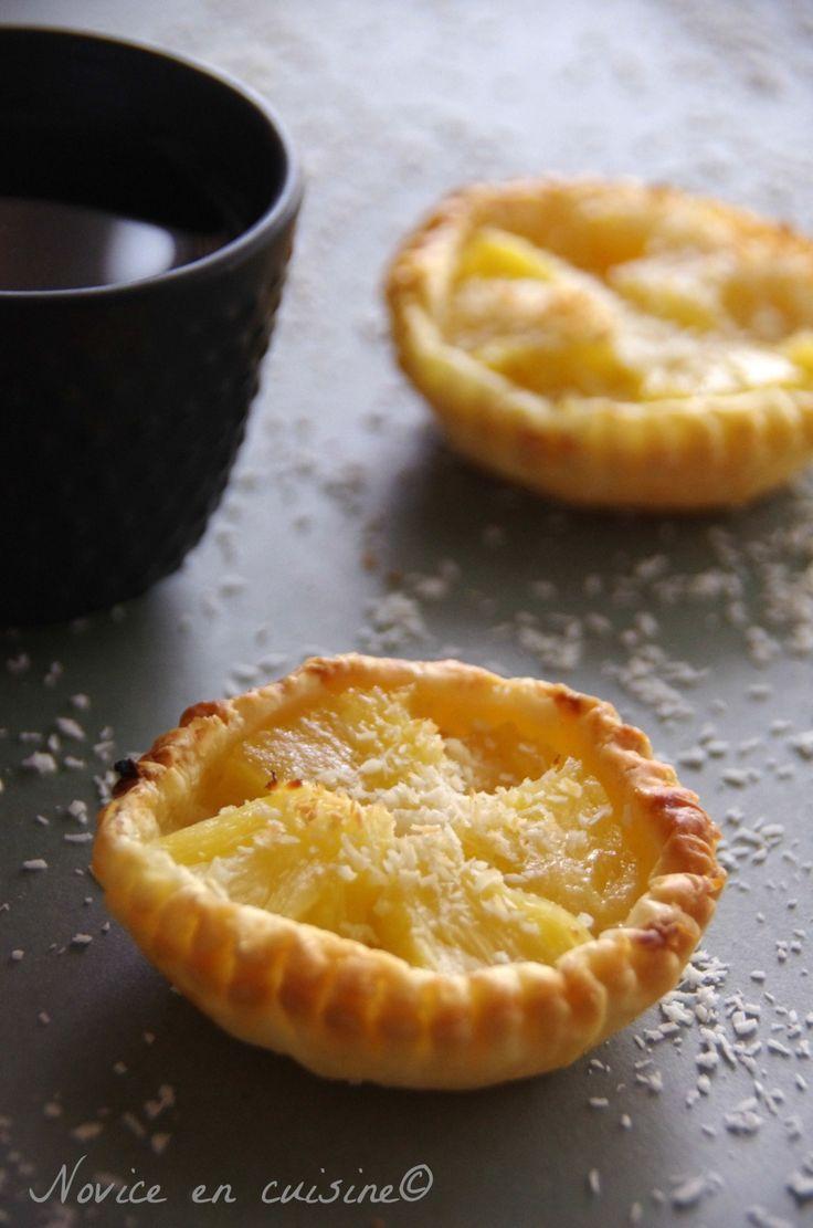 Une idée de dessert simple qui ne paye pas de mines! J'adore l'ananas, trop bon! On peut la faire en version géante et même en minis bouchées! On s'adapte à nos envies de gourmandises! J'ai trouvé que la tartelette manquait un peu de sucre même si comme...
