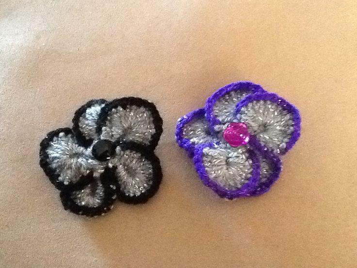 Sparkly crochet flower broach