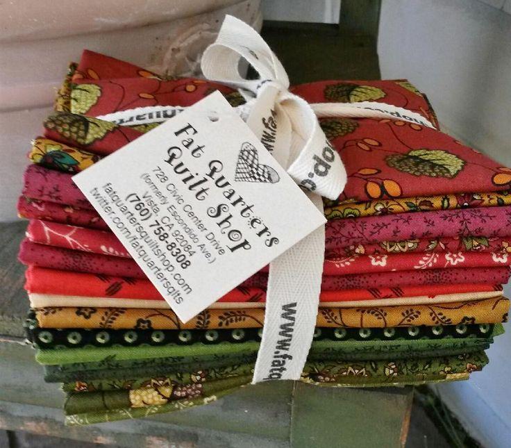 Bundles of Holly Berry are now folded, stacked & tied for YOU :) This pretty collection is designed by Kathy Hall for Andover Fabrics... 16 fat quarters