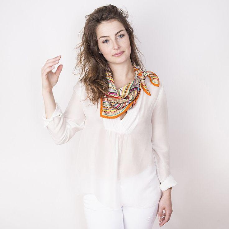 Carré Soie Onde#fashion#accessoire#femme#foulard#textile intelligent#fleurs de Bach#scarf#bach flowers#emotis