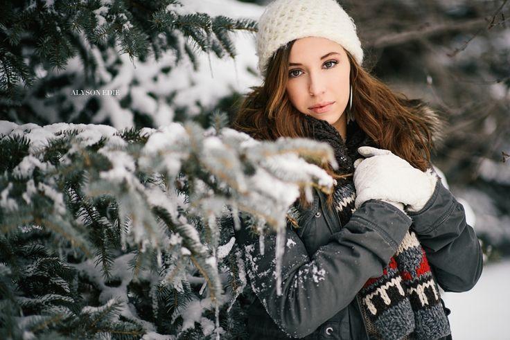 Winter Senior Pictures Alyson Edie