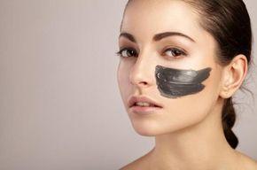Como fazer uma máscara de carvão ativado