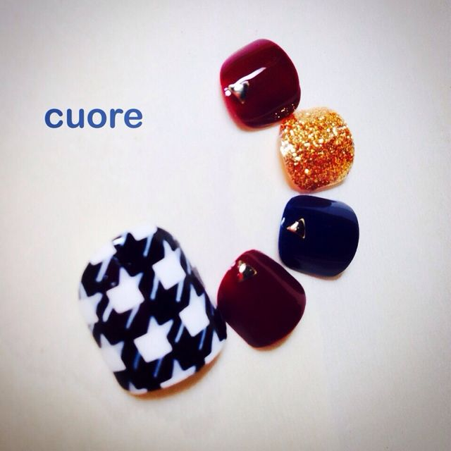 #nail #beta #chidori #rame #studs #cute #fall #winter #dark #red #blue #gold