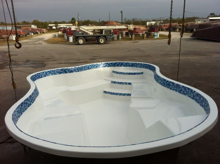 San Juan S Newest 10 Person Sydney Spa Fiberglass Pools The O 39 Jays And Pools