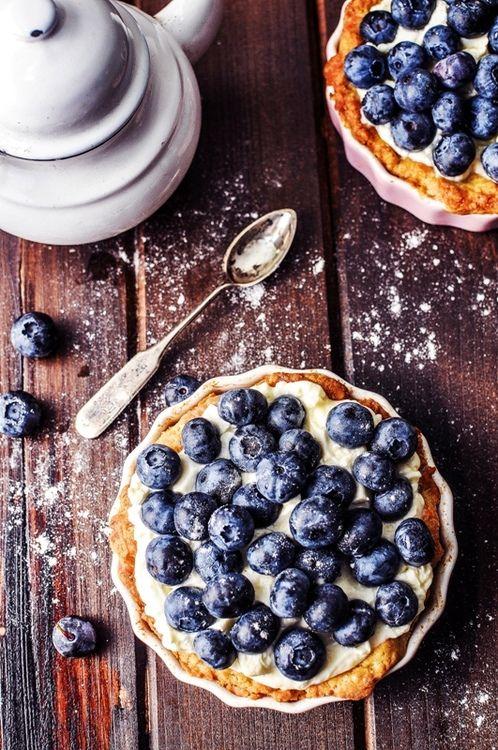 Blueberry + mascarpone tart