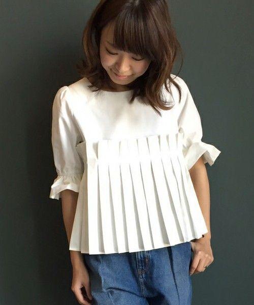 RANDA CLOTHING(ランダ クロージング)のプリーツデザインブラウス(シャツ/ブラウス)|ホワイト