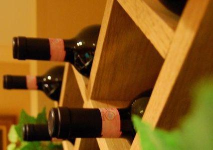 How to build a lattice wine rack diy pinterest wine for Diy wine lattice