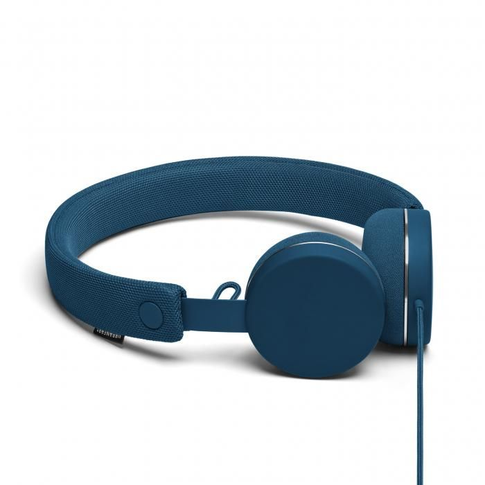 Urbanears Humlan. Hitta fler iPhone-hörlurar: http://www.phonelife.se/iphonehorlurar-och-headset
