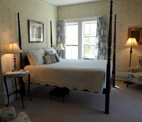 Hillsdale House Inn Room 2