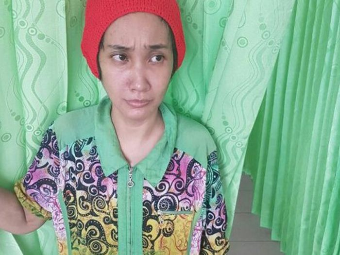 Ibu murung tikam anak kandung 28 kali sampai usus terburai kerana sangka perompak   SEORANG kanak-kanak berusia dua tahun mati dalam keadaan sadis akibat ditikam ibunya sendiri sebanyak 28 kali di Indonesia pada Ahad lalu.  Ibu murung tikam anak kandung 28 kali sampai usus terburai kerana sangka perompak  Dalam kejadian di Jalan Dahlia Ujung Lingkungan IV Desa Suka Makmur Kecamatan Delitua Sumatera Utara itu mangsa Mohamad Altahir ditikam oleh ibunya Pretty Juliana Ningsih Hasibuan 32…