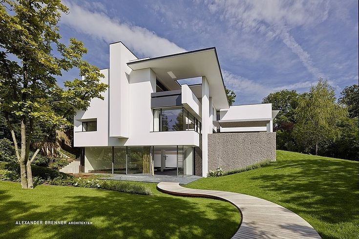 SU House by Alexander Brenner - Contemporary villa situated at the edge of a forest in the south of Stuttgart, Germany, was designed in 2012 by architect Alexander Brenner.