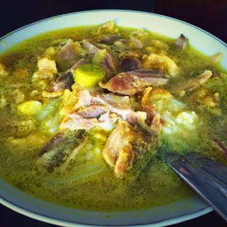 Soto Lamongan Cak Har, Kuliner Surabaya http://anekatempatkuliner.blogspot.co.id/2016/12/kuliner-surabaya-enak-dan-wajib.html
