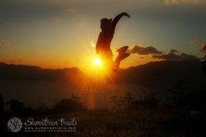 sunset_green-viw_west-sumatra_sumatran-trails-001