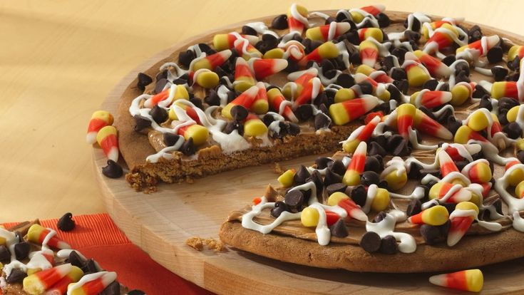 Top this sweet pizza any way you like, Halloween-style. Just 5 ingredients, 15 minutes prep.