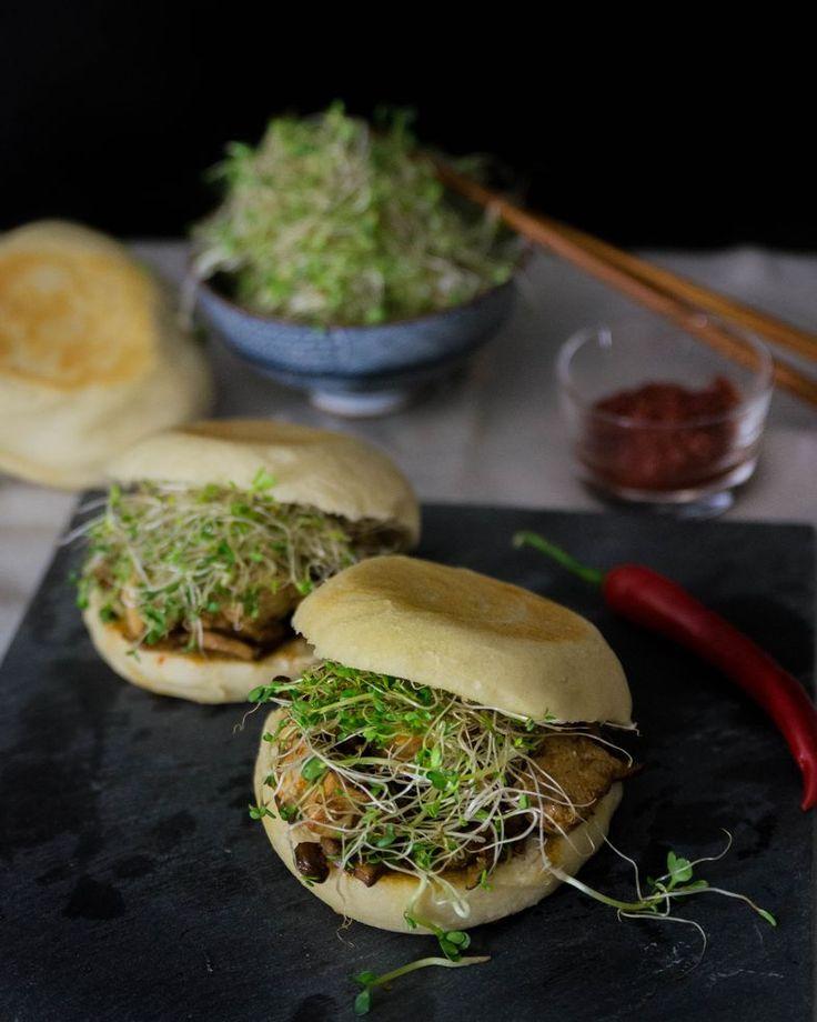Kiinalaiset Jalotofu-sienihampurilaiset silmusalaatilla | Kodin Kuvalehti