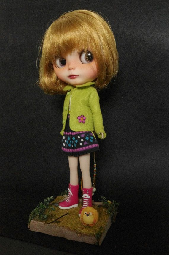 Blythe size stand. https://www.etsy.com/listing/216864758/stand-forest-for-blythe-dal-pullip-doll?ref=shop_home_active_23