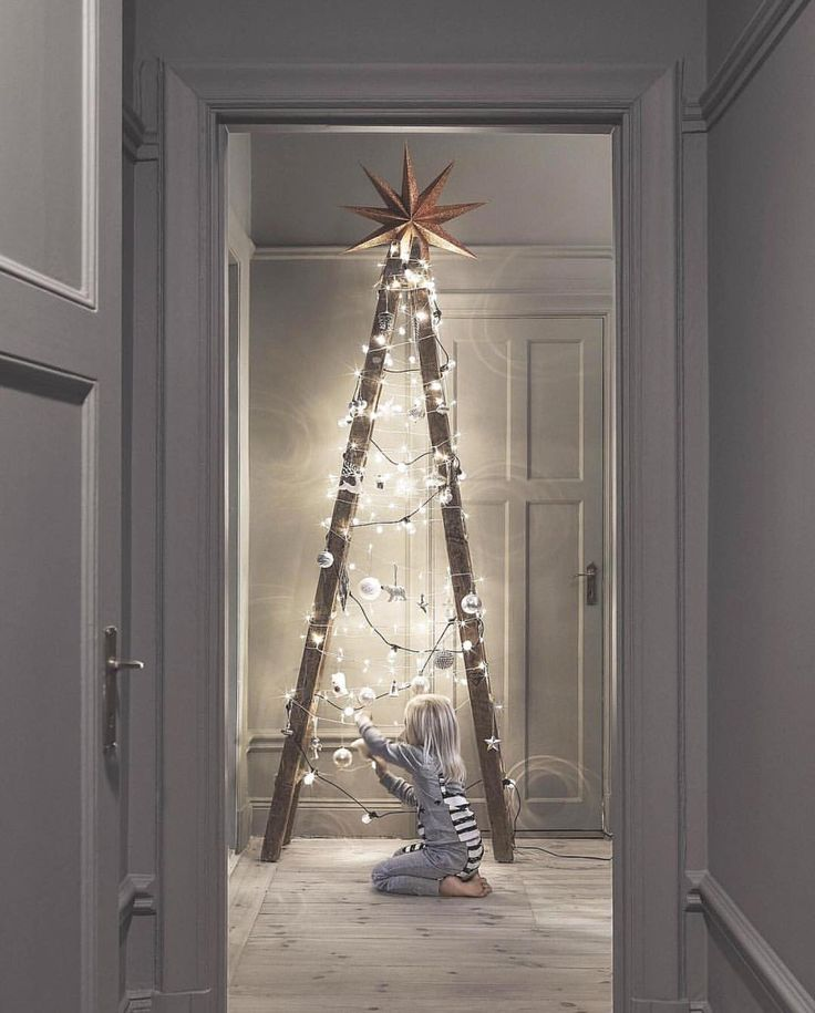 25 unique modern christmas trees ideas on pinterest - Modern christmas tree ideas ...