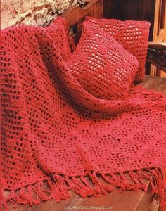 Simple red afghan with diagram