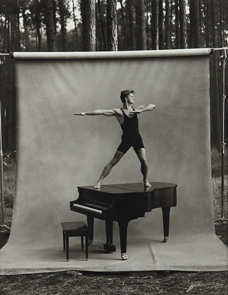 Annie Leibovitz Mikhail Baryshnikov.  One of the most beautiful men, ever!!!!