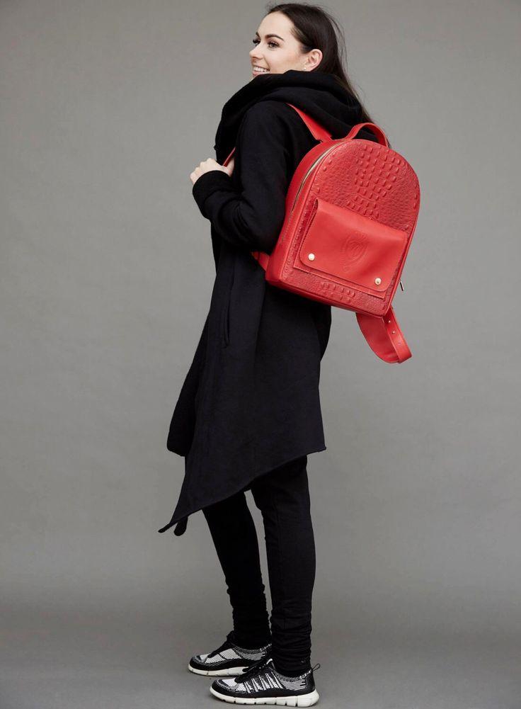 Mochila roja mochila cuero cuero mochila cuero rojo mochila bolso cocodrilo imitación mochila hecha a mano hecha a mano bolso de cuero genuino de FeelFeltLt en Etsy https://www.etsy.com/es/listing/290361625/mochila-roja-mochila-cuero-cuero-mochila