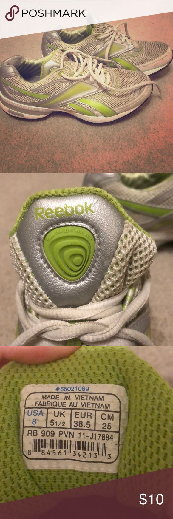 Reebok's size 8. Balance bottoms. Awesome balance tennis shoes. Have been worn many times....which is why the price is so low 😃 Reebok Shoes Athletic Shoes