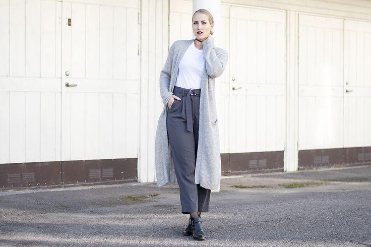 outfit-sandraemilia-grey-red-lips-gra-stil-blonde-2