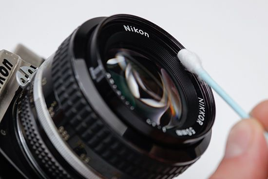 How to Clean a 35mm Film Camera and Lens: 12 Steps - wikiHow