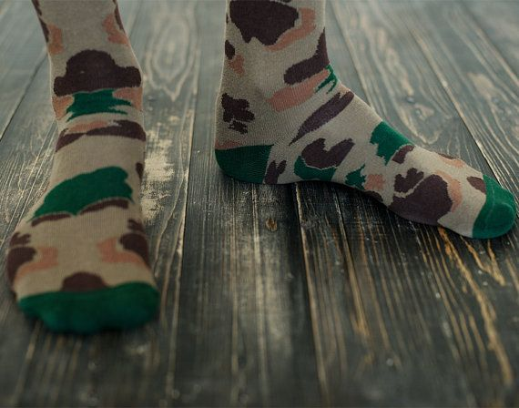 Duck hunter socks  for men. Camo patterned olive socks .Free delivery!  #sammyicon  #socks #feet  #socken #fashion #accessories #sockdope #sockporn #outfit #style #fun  #etsy #legs