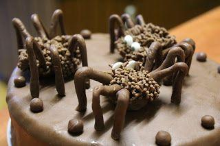 Ania mama Agnieszki: Pająk z czekolady plastycznej
