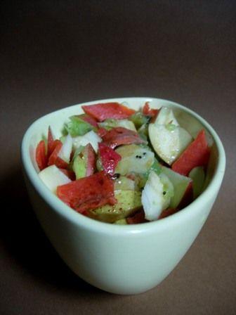 C'est vendredi, c'est salade de fruits ! (Salade de kiwi, pomme et saumon fumé)