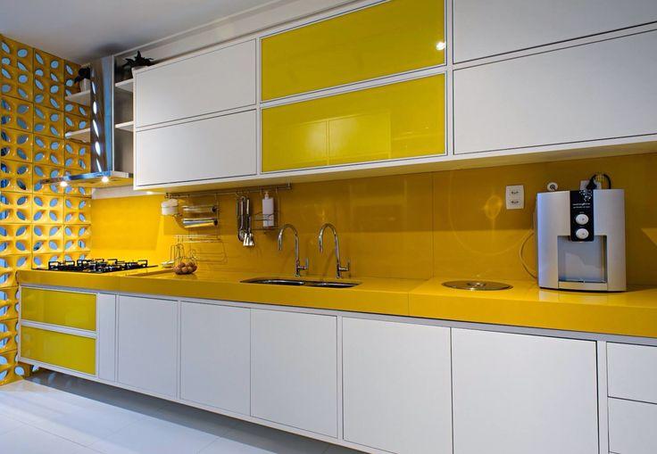 cocina con encimera silestone - El top 3 en encimeras de cocina: granito, mármol sintético y madera
